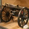Пулемёт Гатлинга ( 1862г ) и его дальний потомок. Обычно его называют Миниган или просто Шестистволка