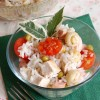 Рисовый салат с овощами и курицей