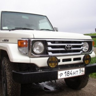 Toyota Land Cruiser: 1 фото.