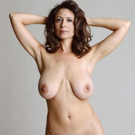 Вот эротические фотки звезд порно фильмов, как они выглядят в обычной жизни